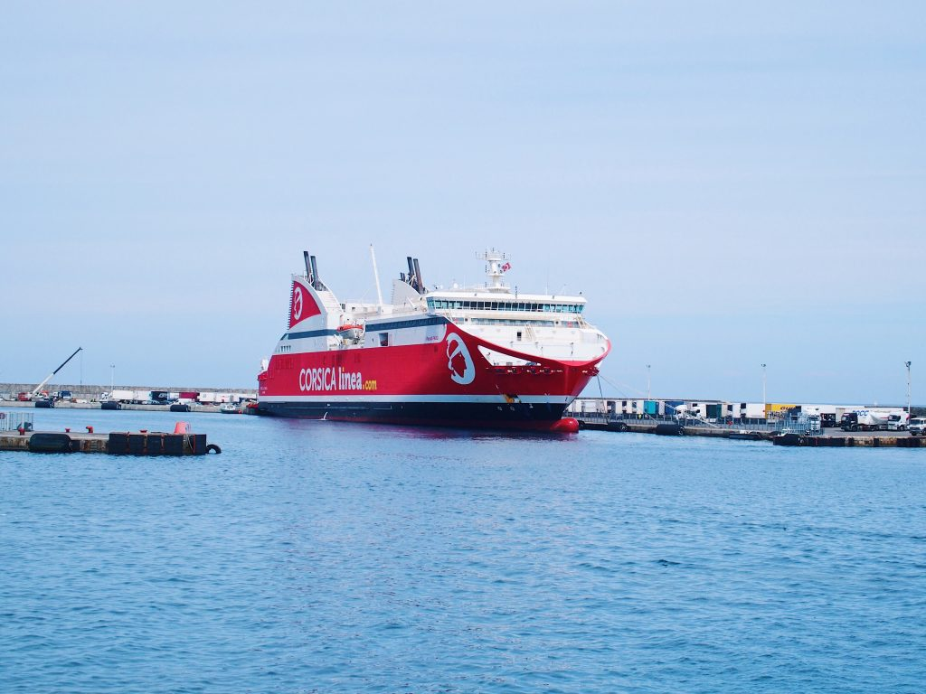 corsica linea port marseille